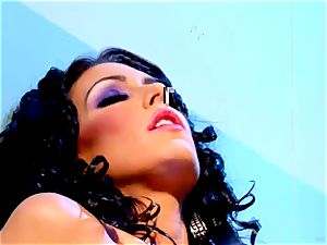 Jessica Jaymes loves teasing Madison Scott's raw labia