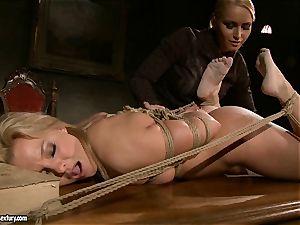 Kathia Nobili like to clipped down her sub with dildo