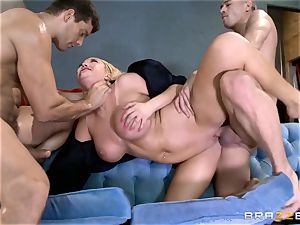 steaming cop Summer Brielle spit roasted by two criminals