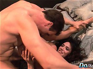 cheating wife Ariella Ferrara fuck man