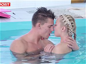 LETSDOEIT - steaming Czech duo Has sultry Pool hook-up
