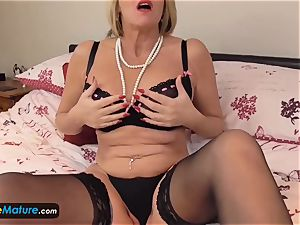 EuropeMaturE ultra-kinky gals getting off Compilation