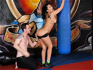 japanese hotty London Keyes plumbs her boy after a exercise