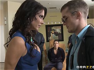 Criminals wife Jessica Jaymes smashed by a molten cop