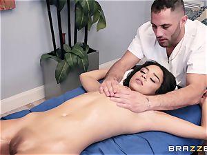 voluptuous massage turns into a sensual bang
