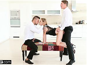 Glamkore Angel Piaff shoots a load rock-hard as she is double penetrated