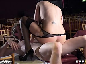 super-sexy big-boobed waitress Jasmine Jae gets her cock-squeezing puss screwed by Danny