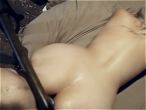 humungous culo Alix Lovell dominated by creep