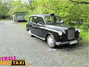 female fake taxi Tourist creampies and gets a wet vagina