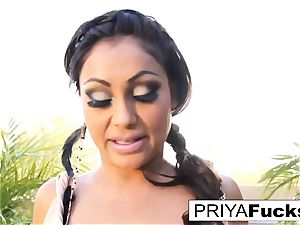 Backyard solo with Indian sex industry star Priya Rai