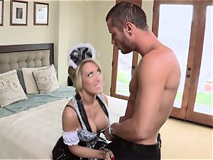 steaming maid Capri Cavanni gives her chief some extras