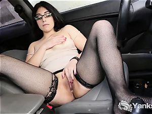 dark haired babe From convulses Catalina Rene wanks